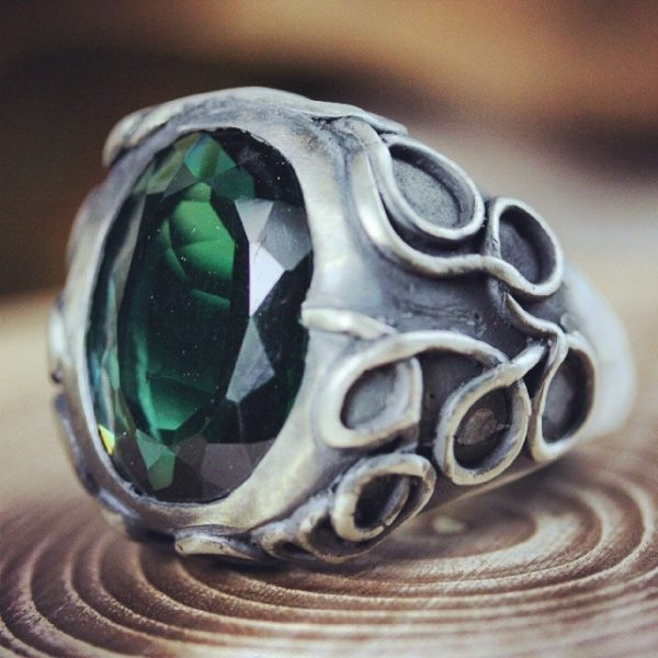 silver ring green stone vintage
