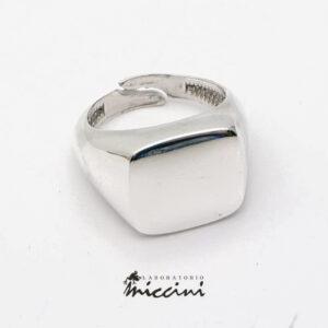 anello sigillo da uomo in argento