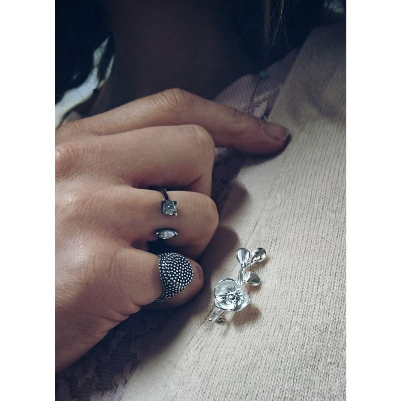 Spilla fiore in argento