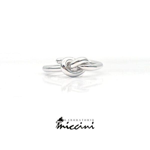 Anello nodo dell'amore in argento