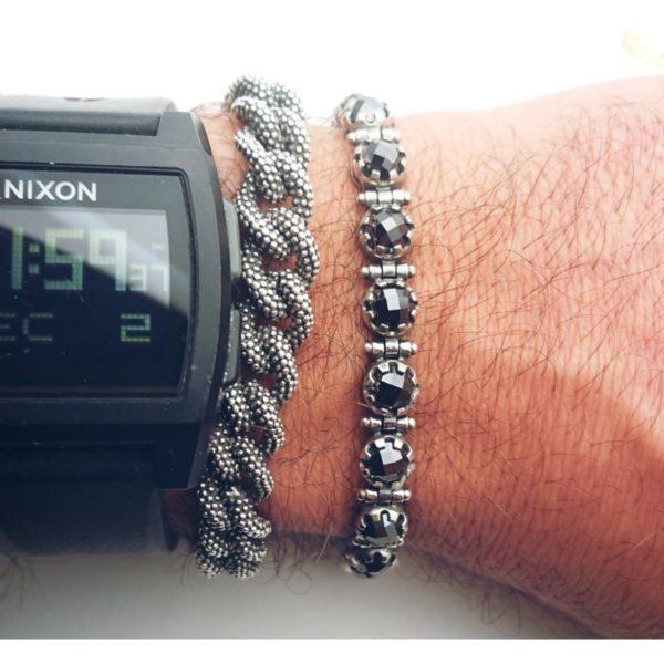 Bracciale in argento con zirconi neri