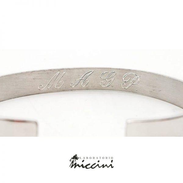 Bracciale Rigido a Fascia in argento personalizzato con incisione