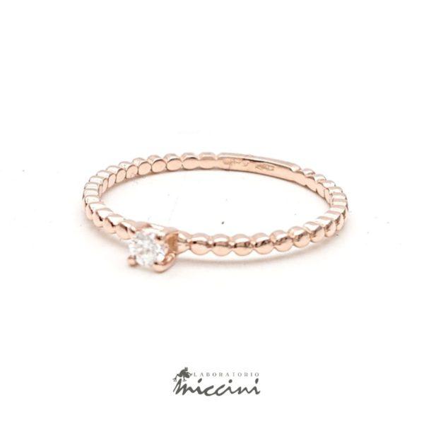 Anello minimal con diamante