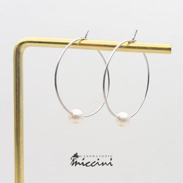 Cerchi in oro bianco con perla