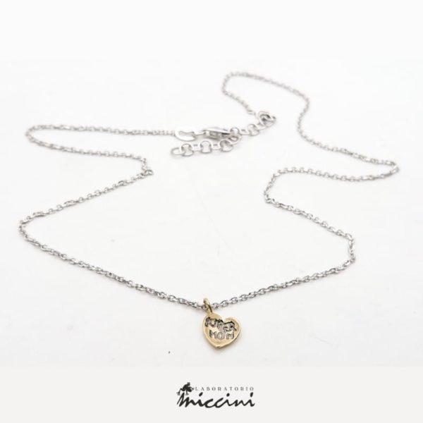 Collana con cuore in oro personalizzabile con incisione