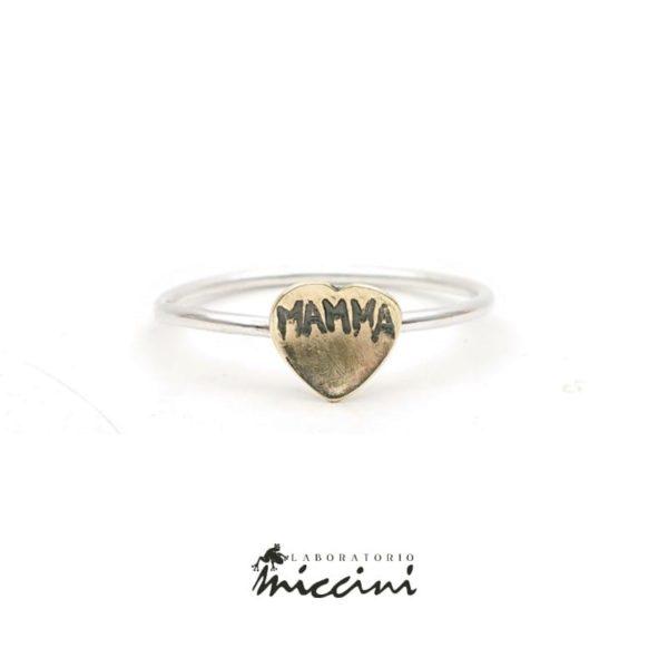 anello con inciso mamma in oro ed argento