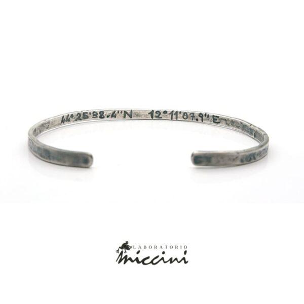 Bracciale personalizzabile rigido in argento brunito
