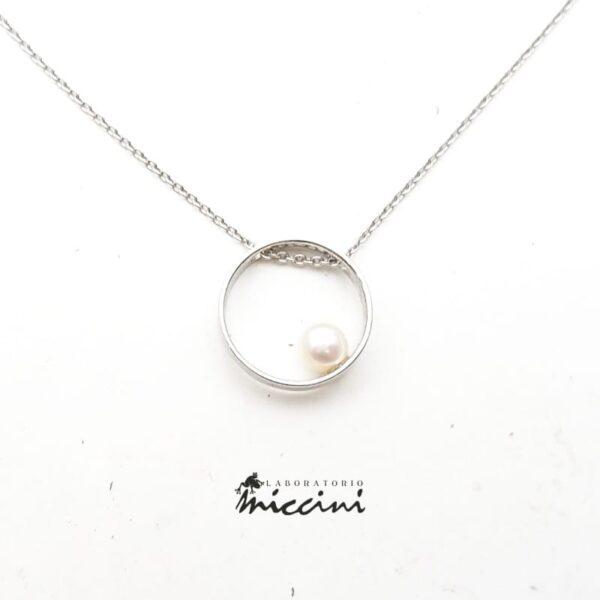 Collana Cerchio con Perla in oro bianco