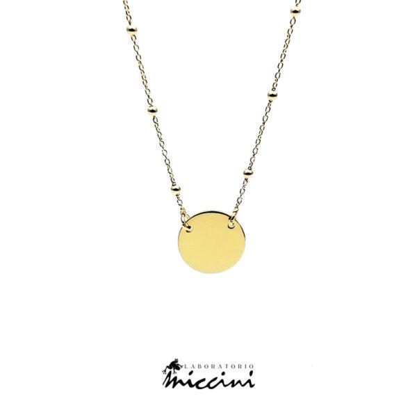 collana con ciondolo rotondo in argento dorato