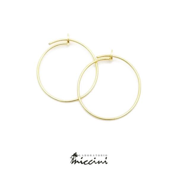 orecchino a cerchio in argento dorato