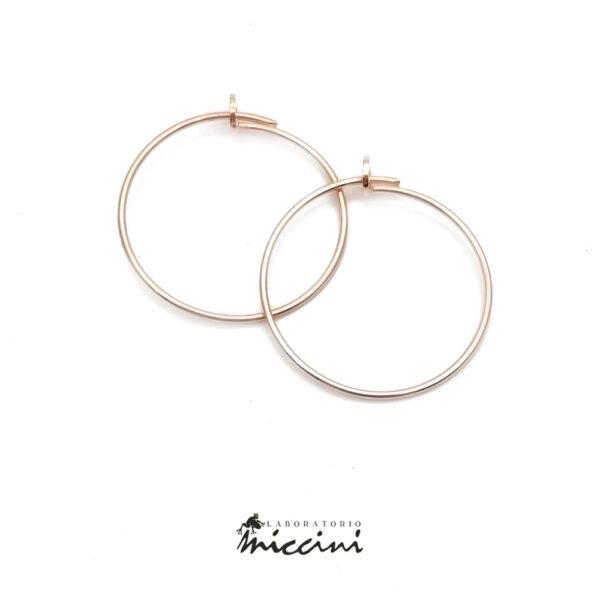 orecchino a cerchio in argento rosato
