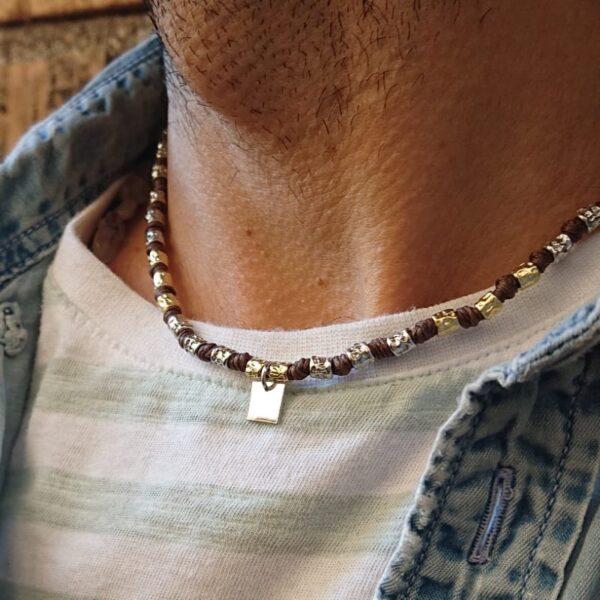 collana da uomo con pepite in argento e medaglietta quadrata