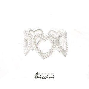 anello a fascia di cuori in argento 925