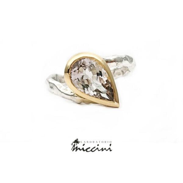 anello in argento e oro 18 kt con morganite