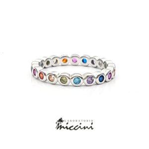 anello con zirconi multicolore