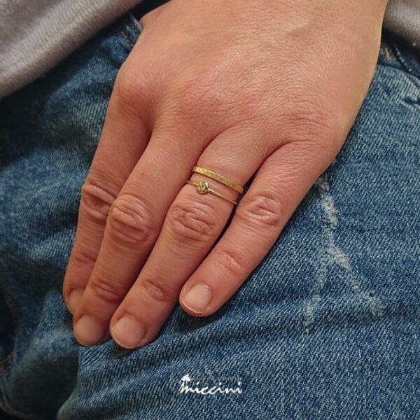 solitario contemporaneo con anello doppio