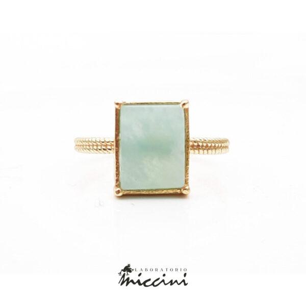 anello con pietra amazzonite in argento dorato