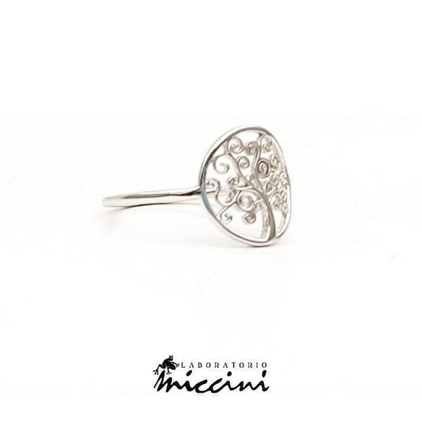 anello in oro bianco a forma di albero della vita
