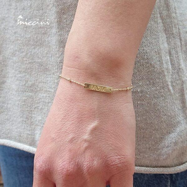 bracciale in argento con incisione dedicata alla mamma
