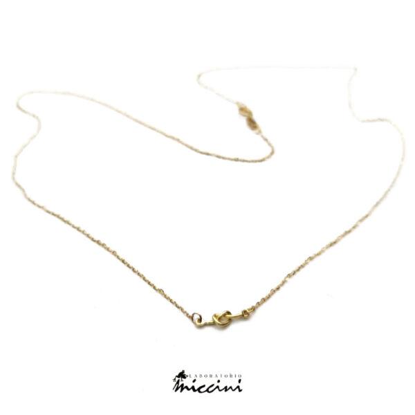 collana minimal in oro con nodo